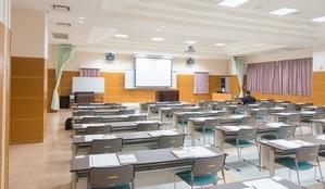 seminar-room small300pix